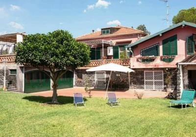 Casa Vacanze Guardia Guest House